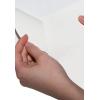 Slit aan de achterkant van het witte zelfklevende papier
